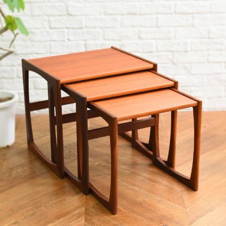 この商品に似ているアイテム画像(Quadrille ネストテーブル|Rocca)
