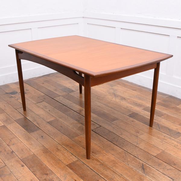 この商品に似ているアイテム画像(ブラジリア 拡張ダイニングテーブル(4397)|Rocca)