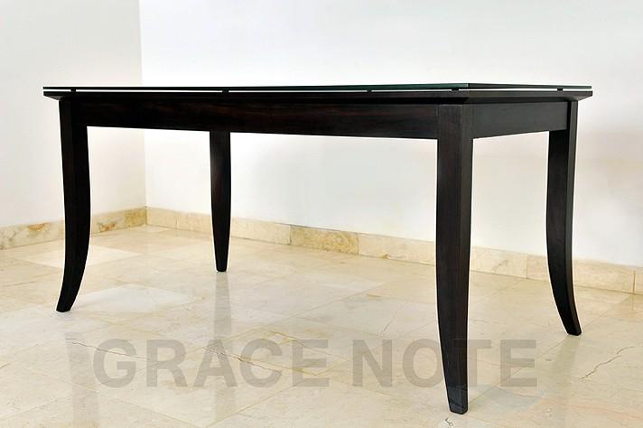 アイテム画像(アジアンテイスト満載のダイニングテーブル)メイン