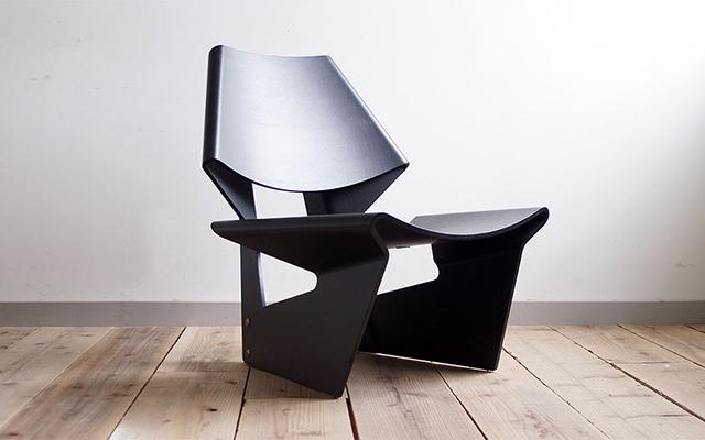 このシーンで使われているアイテム画像(Grete Jalk / GJ Chair)