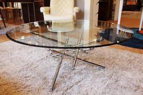 このコーディネートシーンで使われているアイテム画像(Cassina713ガラスローテーブル・センターテーブル)