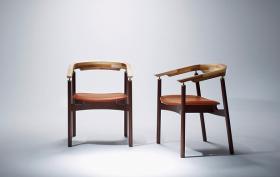 このコーディネートシーンで使われているアイテム画像(Ostinato Arm Chair/オスティナートアームチェア)