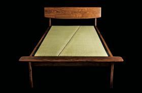 このコーディネートシーンで使われているアイテム画像(tatami bed)